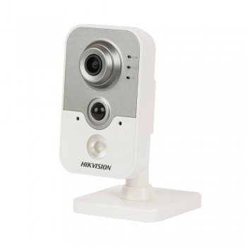 Внутренняя IP-камера HikVision DS-2CD2420FD-IW